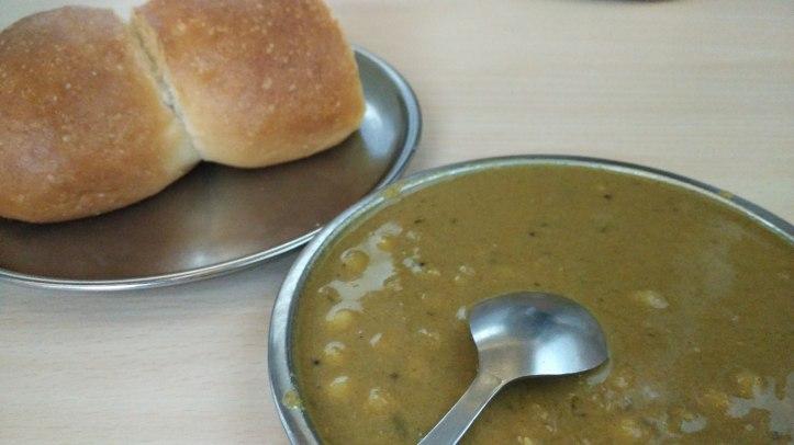 Patal Bhaji and Pao at Cafe Tato, Panjim