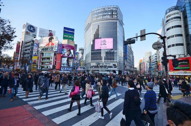 Shibuya Scramble Crossing. Image Credit: japanphototrip.com